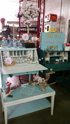 Consignment Store Displays, Paper Flowers, Mall, Space, Green, Shop, Handmade, Home Decor, Floor Space
