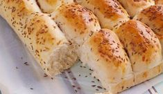 Breakfast Bread with Cheese and Caraway / Frokostbrød med Ost og Karve Bread Recipes, Baking Recipes, Vegan Recipes, Norwegian Food, Piece Of Bread, Retro Recipes, Recipe Boards, Sweet Bread, Bread Baking