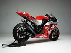 Top Yzr M1 Owp3 2004 Wallpapers