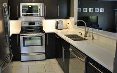Snow White Quartz Countertops For Kitchen