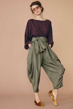 Electric Feathers Is Hiring Part-Time Sales Associates, Production/Design and Administrative Interns In New York. Electric Feathers is a high-end women's wear brand with a storefront/studio located in Williamsburg, Brooklyn. We are looking for sharp, highly motivated, self-starter individuals to join our team. We need someone available to start immediately.