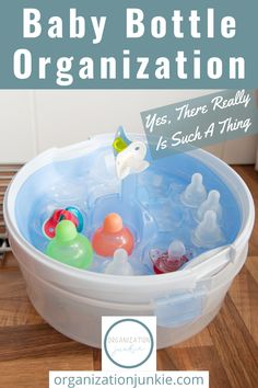 Baby bottle organization ideas to help every new Mom keep the baby bottles organized and easily accessible {especially for those late-night feedings!}. These ideas should help keep you from going crazy over messy bottles. #organizationjunkieblog #babybottleorganization