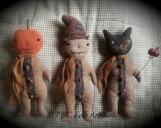 Digital E-Pattern - Sitting Rabbit - Cinnamon Creek Folk Art Halloween Doll, Fall Halloween, Halloween Crafts, Halloween Decorations, Halloween Ideas, Halloween Fabric, Halloween Ornaments, Halloween 2019, Vintage Halloween