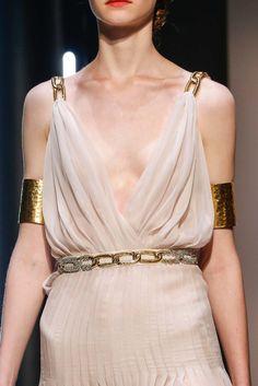Schiaparelli Fall 2015 Couture Accessories Photos - Vogue