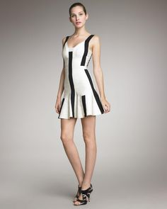 Herve Leger Avery Colorblocked A-Line Dress in Papyrus Combo [Herve Leger 037] - $396.00 :