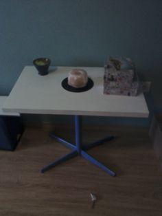 Renovace nábytku - odkládací stolek
