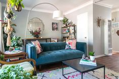 Molly Crist has lived in this lovely studio apartment since her arrival in Los Angeles five years ago.