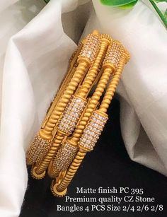 Gold Chain Design, Gold Bangles Design, Gold Earrings Designs, Gold Jewellery Design, Plain Gold Bangles, Silver Jewellery Indian, Geek Jewelry, Jewelry Necklaces, Fashion Jewelry