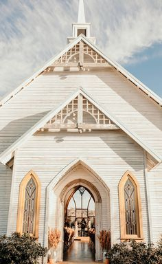 the brooks at weatherford 😍😭 Perfect Wedding, Fall Wedding, Dream Wedding, Wedding Goals, Wedding Planning, Wedding Locations, Wedding Venues, When I Get Married, Chapel Wedding