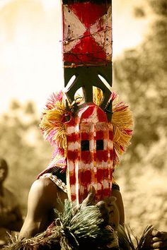 Máscara sirigé, se le atribuyen poderes mágicos, Nombori -   Sirigé mask, are attributed magical powers, Nombori (January 2008)    www.vicentemendez.com