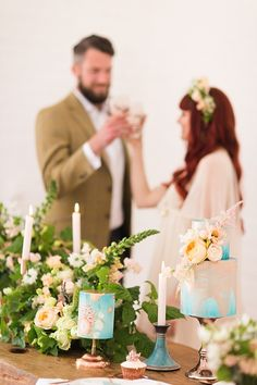 Mini blue and copper wedding cakes - natural organic wedding inspiration // Jenny Owens Photography // The Natural Wedding Company Copper Wedding Cake, Blue Wedding, Wedding Bouquets, Wedding Cakes, Wedding Company, Blue And Copper, Wedding Table Decorations, Wedding Inspiration, Place Card Holders