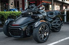 Three Wheel Motorcycles, Cool Motorcycles, Motorcycle Tires, Moto Bike, Electric Car Concept, Tube Chassis, Motorbike Design, Can Am Spyder, Horse And Buggy