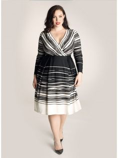 Cadence Plus Size Dress in Black/Ivory