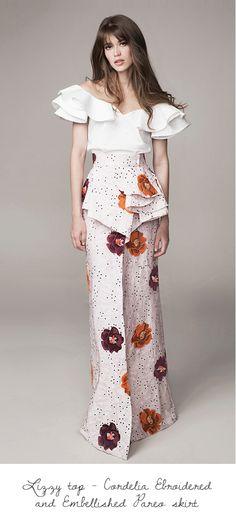 Get inspired and discover Johanna Ortiz trunkshow! Shop the latest Johanna Ortiz collection at Moda Operandi. Floral Fashion, Look Fashion, Covet Fashion, Runway Fashion, High Fashion, Fashion Show, Fashion Outfits, Womens Fashion, Fashion Design