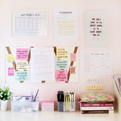 littlestudyspot: I LOVE LOVE LOVE the idea of framing the printable calendar!