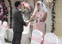 'Big Bang Theory' First Look: See Penny and Leonard's Wedding Photos (Exclusive) - Hollywood Reporter