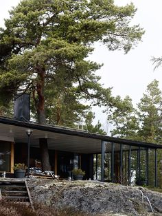 weekdaycarnival : Marimekko Home Fall/ Winter 2017 / / architect: Alvar Aalto Dream Home Design, House Design, Summer Cabins, Permanent Vacation, Alvar Aalto, Marimekko, Cabins In The Woods, Modernism, Contemporary Architecture