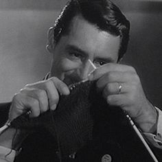 my gif gif funny humor retro nostalgia old hollywood knitting LOLS knit rko classic film cary grant Vintage gif classic movies my gif set old movies Warner Archive mr. lucky man of style mr lucky knitting gif h. Martin Show, Dean Martin, Classic Hollywood, Old Hollywood, Funny Videos, Funny Emoji Faces, Disney Alphabet, Nostalgia, Peter Lawford