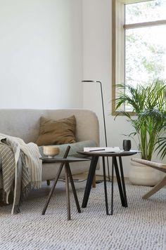 Bo Bedre Norge Designers Guild, Kitchens, Table, Furniture, Home Decor, Decoration Home, Room Decor, Kitchen, Home Furniture
