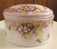 Victorian Vienna Austria Hand Painted Porcelain Dresser Box Violets