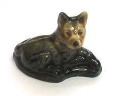 Wade figurine - german shepherd dog