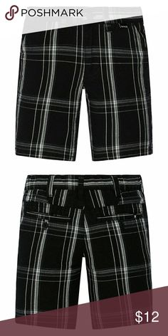 Toddler Boy Hurley Plaid Shorts These boys' Hurley shorts are a great choice for an awesome look that keeps up with him all day long.  PRODUCT FEATURES Button & zipper closure 2-pockets 2-back button pockets  FABRIC & CARE Cotton, polyester Machine wash Imported Hurley Bottoms Shorts