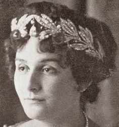 Tiara Mania: Princess Marie of Greece's Olive Leaf Tiara