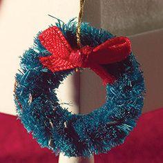 Christmas Garland in miniature
