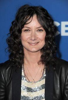 Pictures & Photos of Sara Gilbert - IMDb