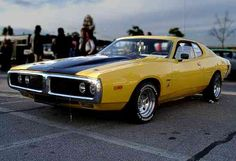 Image from https://charger73.files.wordpress.com/2006/03/dodge_charger_1973_gelb_l.jpg.