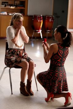 "Santana proposes in ""Jagged Little Tapestry"" I totally ship them ❤️ #Brittana #Glee"