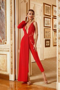 Simply about all Rich Girl, Fashion Photography, Jumpsuit, Boutique, Formal Dresses, Red, Overalls, Dresses For Formal, Monkeys