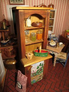 Dollhouse Miniature Artisan Daugherty Mercer Others Country Kitchen Cabinet 1:12 Scale