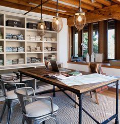 Industrial inspired office & decor. Loving the desk & lighting.