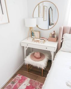 Dressing Table Makeup Home Decoration Small Room Mirror StoolBedroom Cloakroom Bathroom DIY Home Design Dressing Table HacksDressing Table Chair Storage Cosmetics Drawers. Design Set, Home Design, Design Ideas, Modern Design, Dressing Table Organisation, Dressing Table Storage, Dressing Table With Chair, Small Dressing Table, Dressing Tables