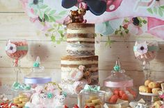Don't miss this Boho Chic Minnie Mouse Birthday Party at Kara's Party Ideas! It is a new take on a traditional theme and you will love it! Minnie Birthday, 3rd Birthday, Birthday Parties, Baby Mouse, Minnie Mouse, Boho Cake, Party Time, Shabby Chic, Party Ideas