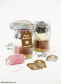 #hotcocoa #jar #hotcocoamix #recipe #freeprintables #printable #gifttags #giftidea #DIY #homemade