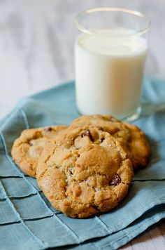 CC Cookies w/Nutella, Browned Butter, and Sea Salt 2 by Pink Parsley Blog, via Flickr