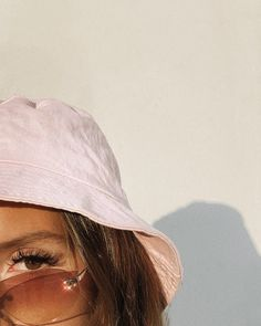 Emma rose on chanel official fashioni style vintage outfits retro 20 ideas Boujee Aesthetic, Bad Girl Aesthetic, Aesthetic Collage, Aesthetic Vintage, Aesthetic Pictures, Aesthetic Clothes, Aesthetic Drawing, Summer Aesthetic, Aesthetic Roses