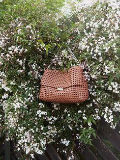 Stella McCartney #Summer16 Brandy Becks Weaved shoulder bag.