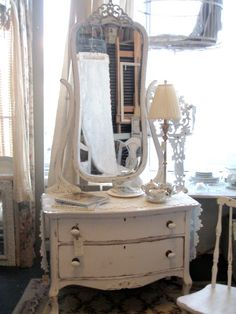 Cabin & Cottage : Vintage Dresser~❥  Use My vintage dresser for my studio