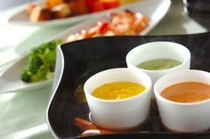 カラフルでかわいく。女子会にもピッタリ!カラフルチーズのフォンデュ鍋/近藤 瞳のレシピ。[洋食/煮もの]2013.12.23公開のレシピです。