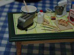 Miniature toaster from tongue depressors & coffee stir sticks (DIY)