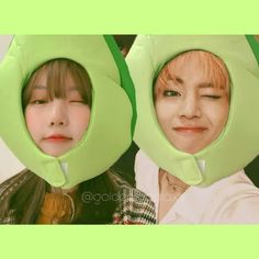 aliens 💚 Ulzzang Couple, My Youth, Aliens, Taehyung, Korean, Happiness, Ship, Couples, Happy
