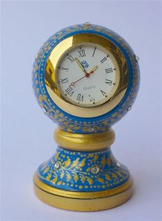 Blue & gold marble pot table clock.