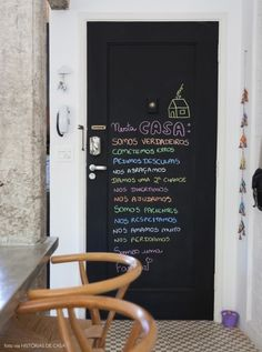 cute blackboard door (porta de lousa)