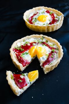 Cheese tart with egg and roasted red bell peppers | giverecipe.com | #tart #egg #breakfast