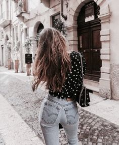 Image uploaded by 𝙱𝚒𝚊𝚗𝚌𝚊 ✨. Find images and videos about girl, fashion and style on We Heart It - the app to get lost in what you love. Spring Summer Fashion, Spring Outfits, Autumn Fashion, Spring Style, 90s Fashion, Fashion Outfits, Womens Fashion, Fashion Trends, Girl Fashion