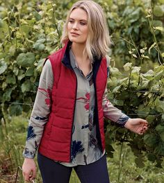 A value for money, this reversible vest gives you double the option. It is sleeveless and zip through, making it so convenient for the seasons styling. Winter Style, Trail, Winter Fashion, Vest, Zip, Navy, How To Make, Jackets, Jacket