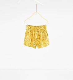 Image 1 of Flowing printed shorts from Zara